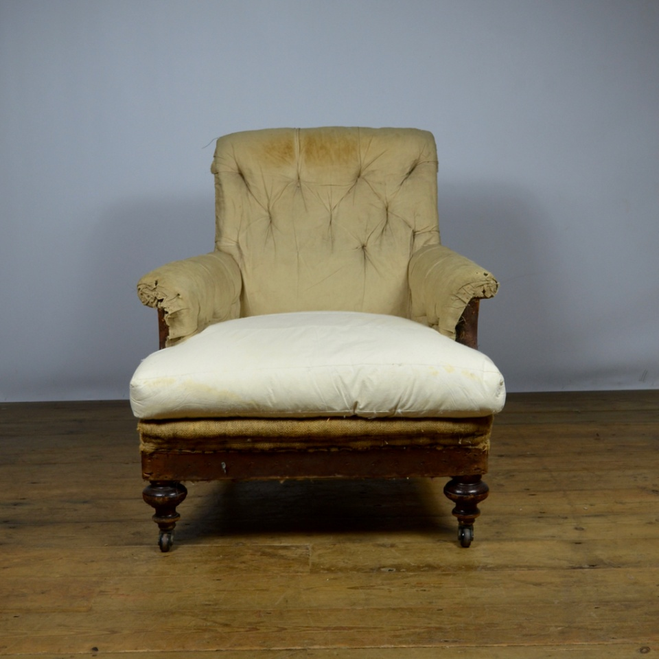 C186 Deep Seated English Armchair The One Off Chair Company