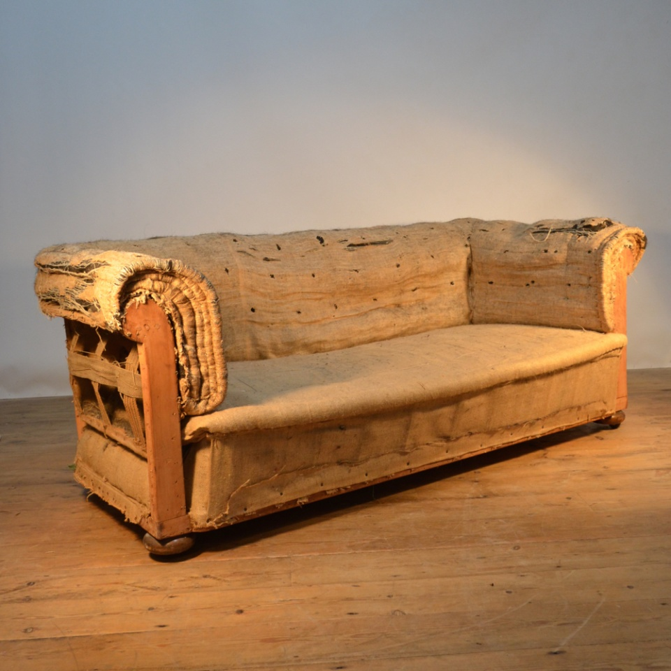 M014 19th Century Chesterfield Sofa, How To Reupholster A Chesterfield Sofa